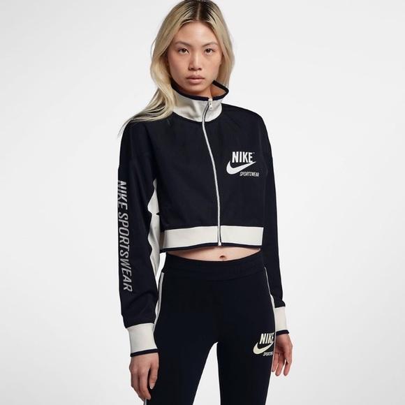 Crop Nike Nike Jacket NWOT NWOT YbfyI7g6v